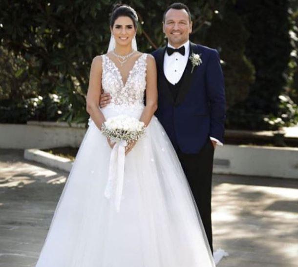 Ali Sunal Evlendi Magazinmatikcom