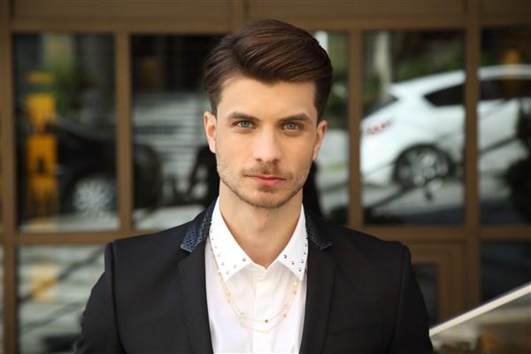 2019'un Futuristik Erkek Saç Modeli