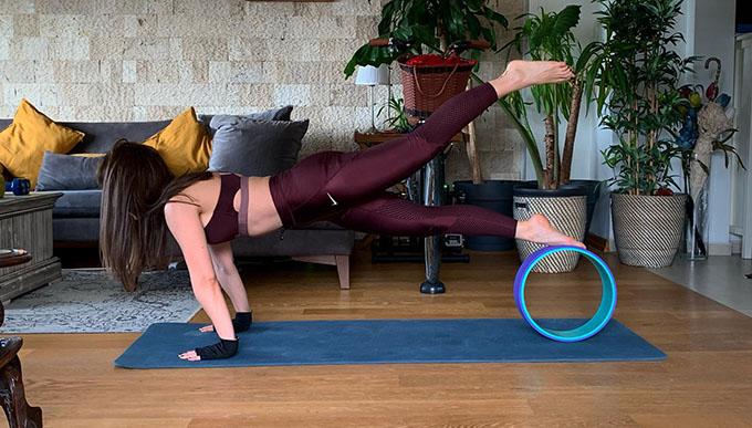 Simge Antigravity Yoga'yı Tavsiye Etti!