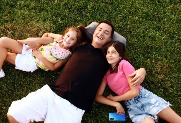 acun ılıcalı kızları ile reklam çekti