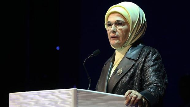 Emine Erdoğan'dan, Asırlık Tariflerle Türk Mutfağı kitabı